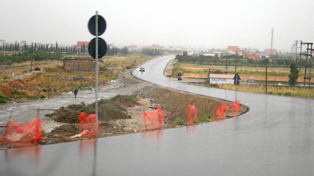 Albanien, Straße
